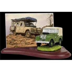 Land Rover Photo Stand